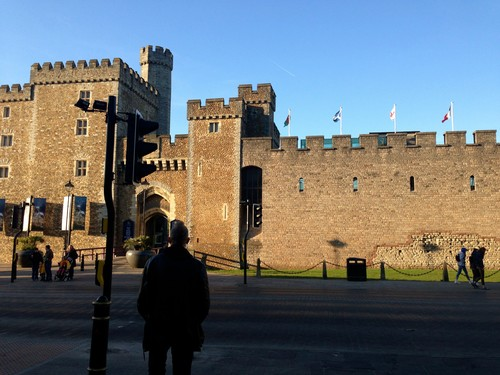 The beautiful castle of Cardiff, me and David checked it out