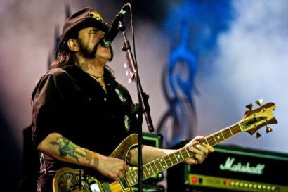 Headbanging Causes Blood Clot For Metal Fan | Metal Shock