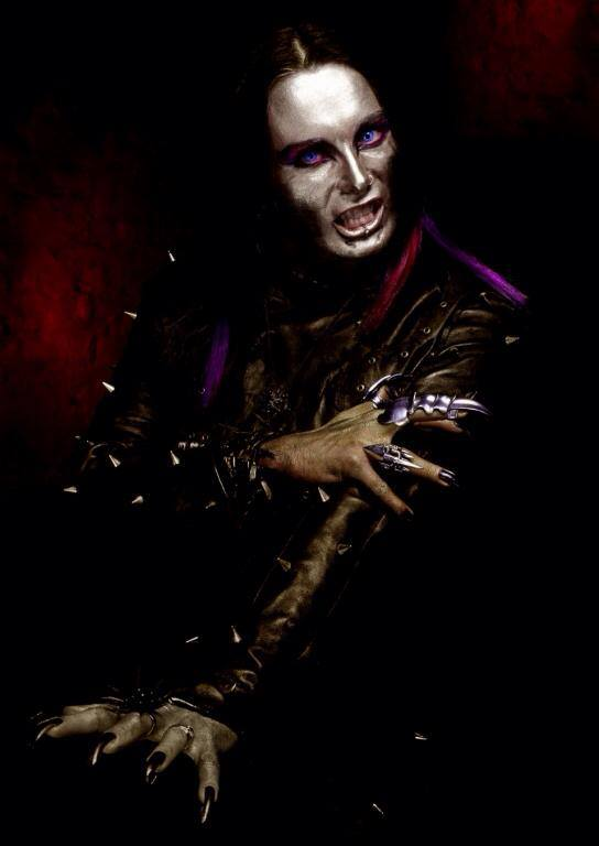 Cradle-Of-Filth-Dani