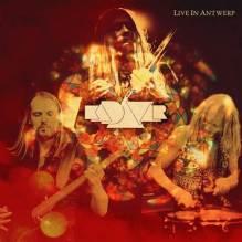 KADAVAR cover live