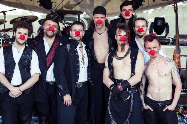 SALTATIO-MORTIS-red-noses