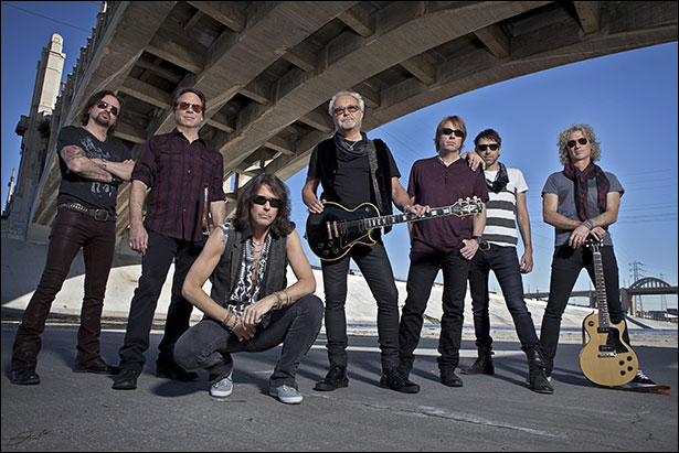 Foreigner - Photo Credit: © Bill Bernstein