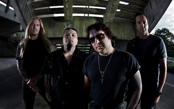 MetalMachineBand-600x375