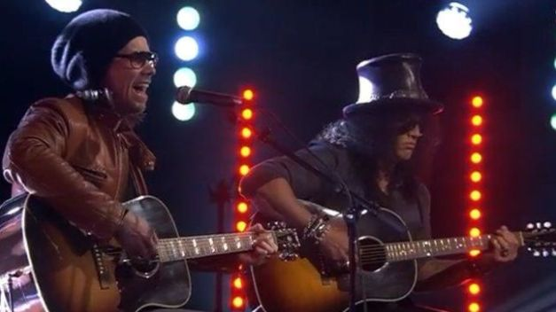 slash-MylesKennedy-norwegian-tv-image