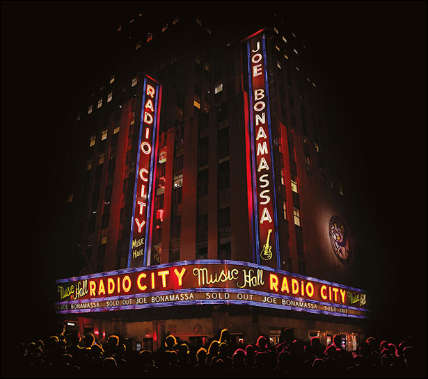 "JOE BONAMASSA To Release ""Live At Radio City Music Hall"" In October 