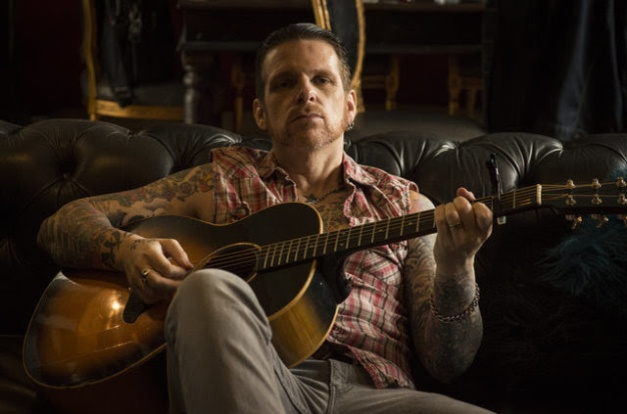 Ricky Warwick Guitar
