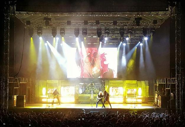 Megadeth on stage, in Istanbul