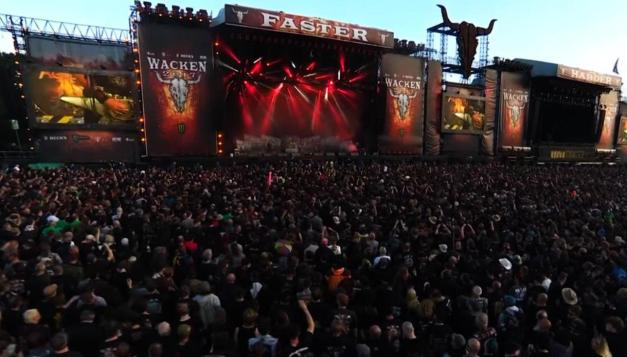 Accept Wacken Crowd Shot 2
