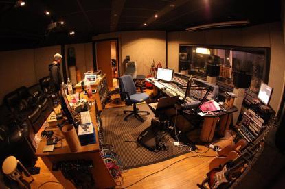 Insomnium-studio3