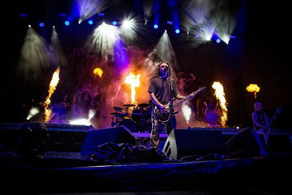 Slayer-stage