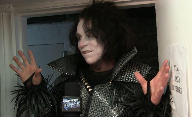 the-metal-voice-LizzyBorden