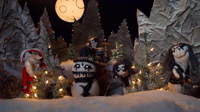 SockPuppetParody-Immortal-Christmas